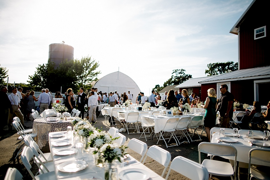 Taylor+Lauryn-Barn-Wedding-Milwaukee-Wedding-Photographer_0069.jpg
