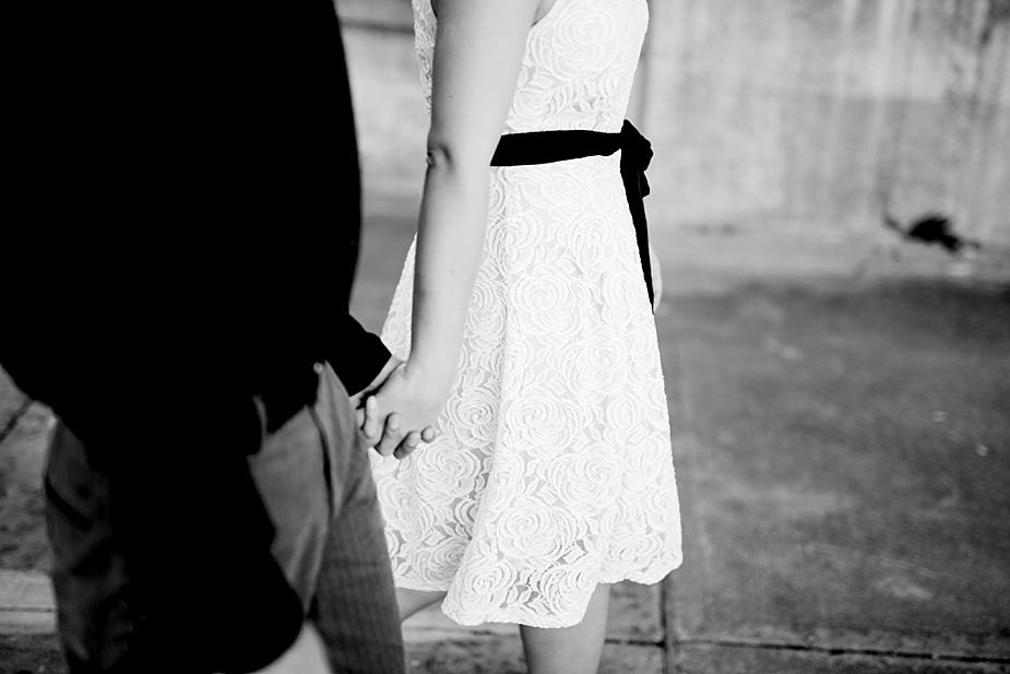 Jay+Megan-Milwaukee-Engagement-Photographer_0004.jpg