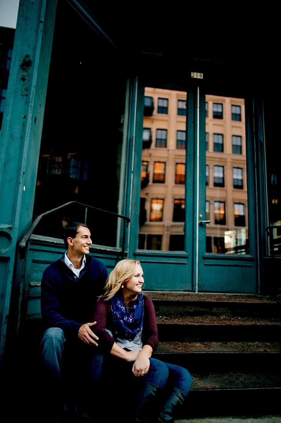 Jay+Megan-Milwaukee-Engagement-Photographer_0020.jpg