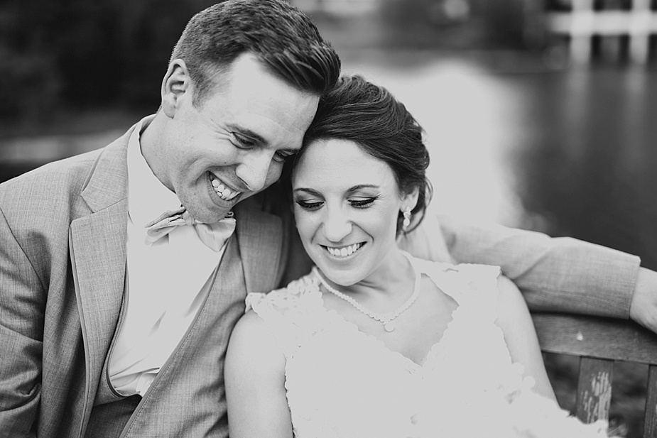 Phil+Abby_milwaukee-wedding-photographer_0025.jpg