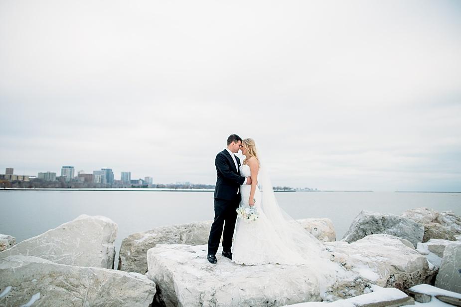 Milwaukee Wedding Photographer, Pfister Wedding, lakefront portraits