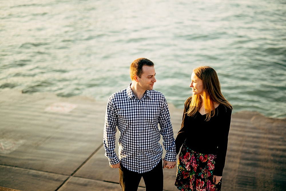Brian+Ashley_Chicago-Engagement-Session_LillerPhoto_0018.jpg