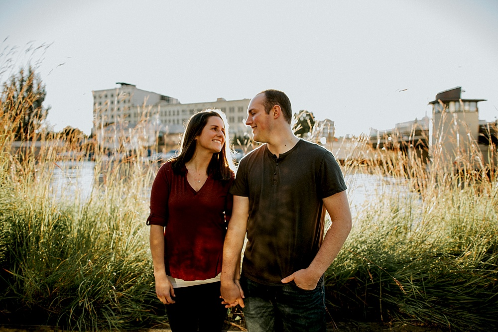 Patrick-Laura_Milwaukee-Engagement-Session_0011.jpg