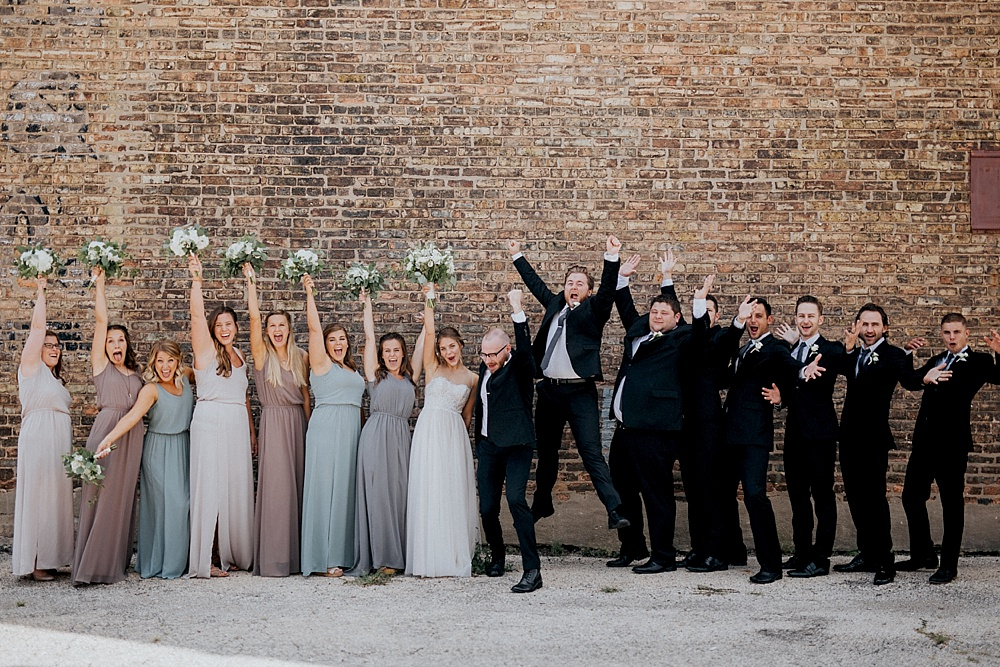 Kevin-Emily_Haight-Elgin-Wedding_Milwaukee-Photographer_0020.jpg