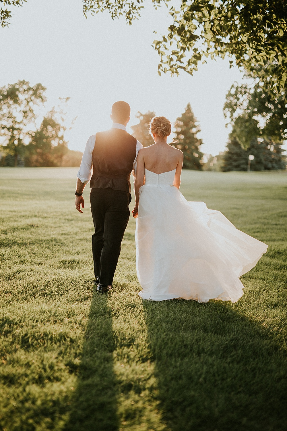 Scott+Michelle-Pewaukee-Western-Lakes-Golf-Course-Wedding_Liller-Photo_0062.jpg