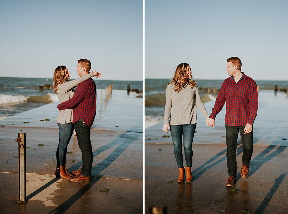 Mike-Amanda-Autumn-Fall-Chicago-Engagements_0011.jpg