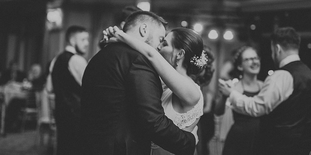 Mike-Stephanie_chicago_wedding_liller-photo-00065.jpg