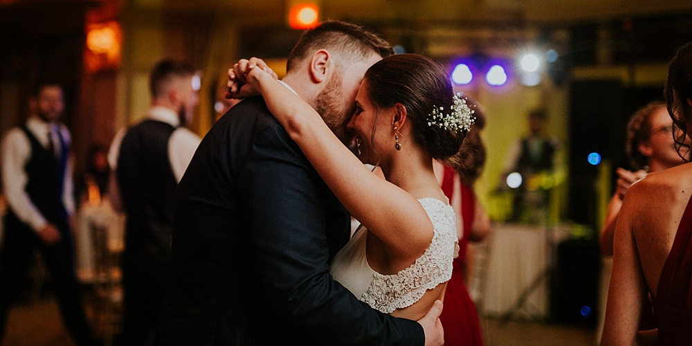 Mike-Stephanie_chicago_wedding_liller-photo-00066.jpg
