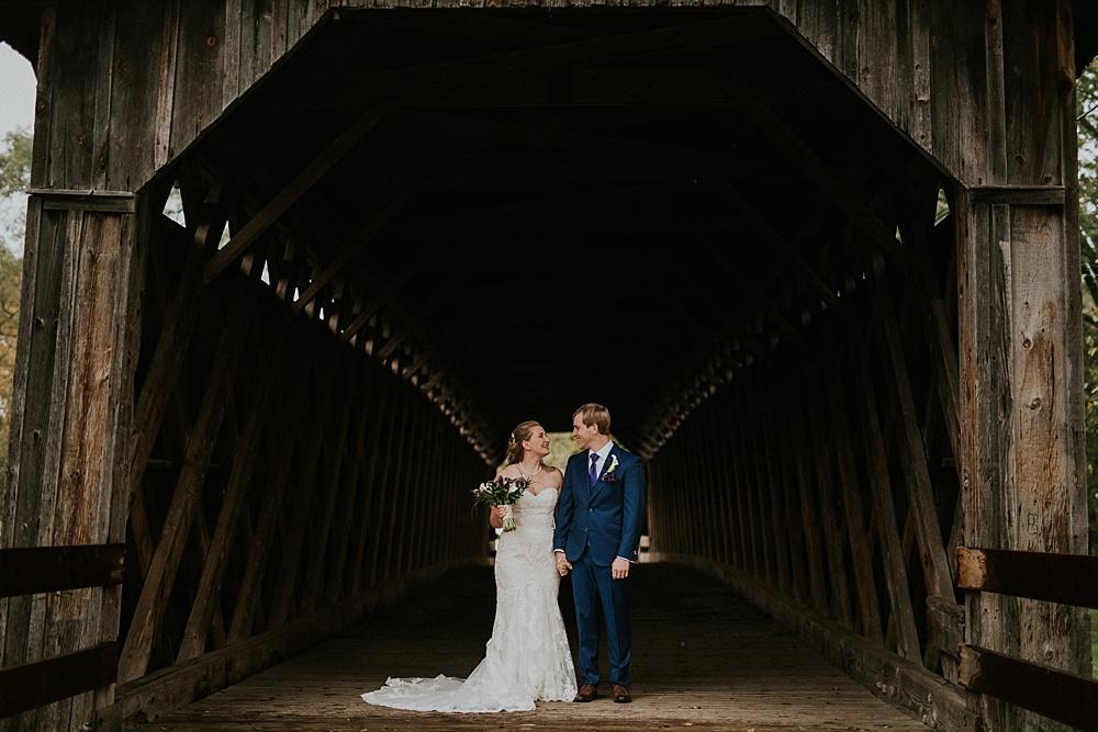 jesse-emilee_wisconsin-autumn-wedding_liller-photo_0011.jpg