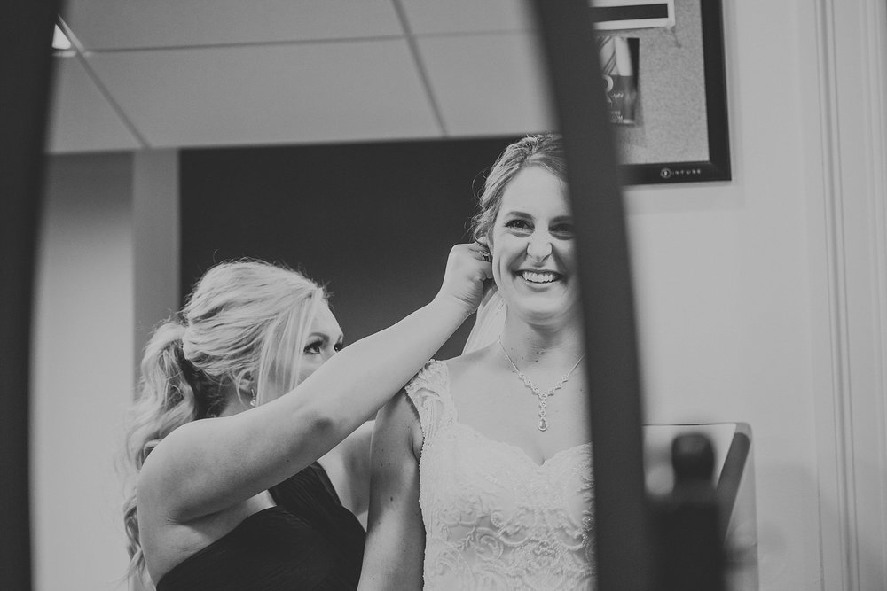Vince-Caitlin_Milwaukee-South-Second-wedding_liller-photo_0012.jpg