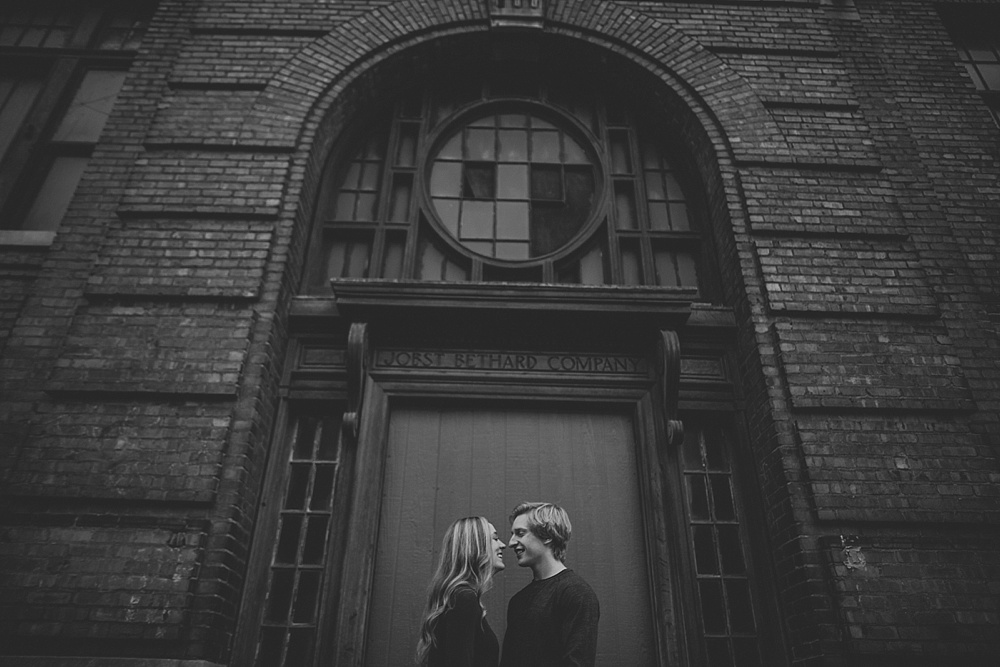 liller-photo_L-G_peoria-engagement-session-central-illinois_0025.jpg