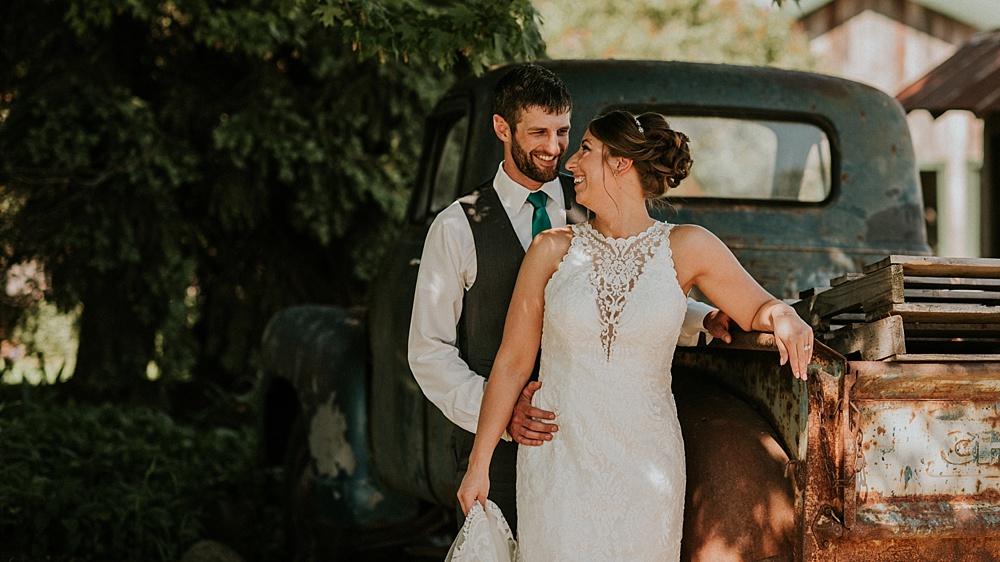 Kyle-Taylor-Watertown-Wisconsin-wedding_liller-photo_Milwaukee-wedding-photographer_0036.jpg