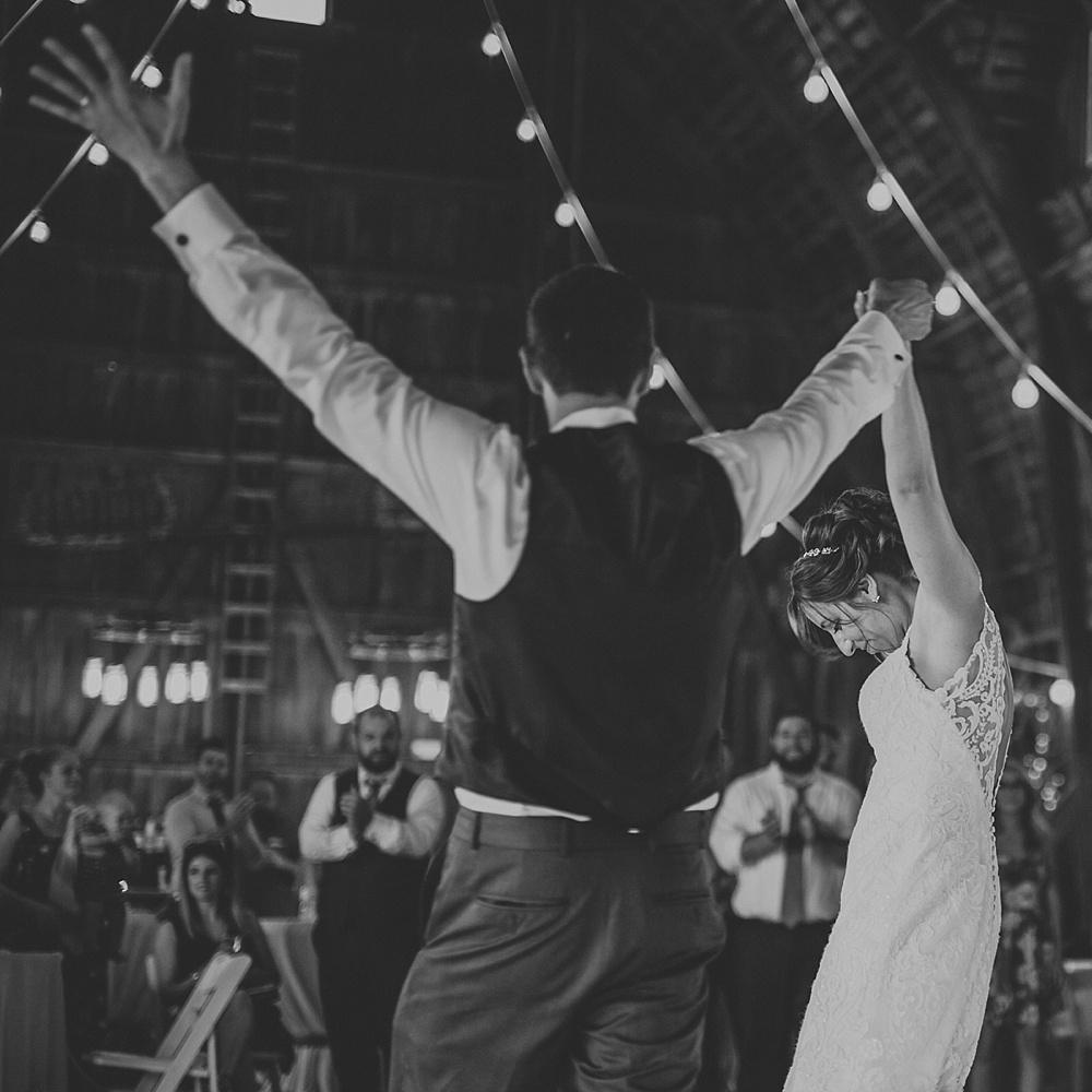 Kyle-Taylor-Watertown-Wisconsin-wedding_liller-photo_Milwaukee-wedding-photographer_0087.jpg