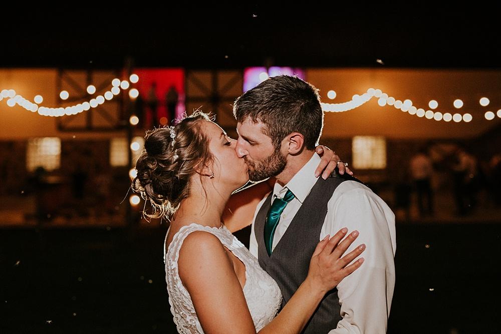 Kyle-Taylor-Watertown-Wisconsin-wedding_liller-photo_Milwaukee-wedding-photographer_0094.jpg
