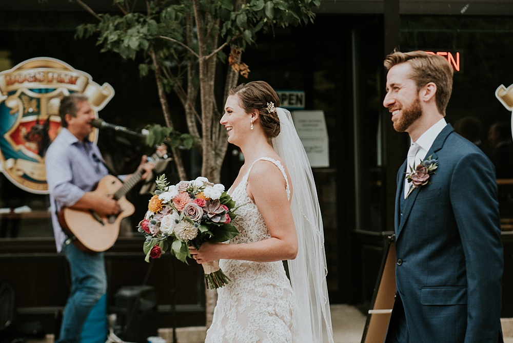 erin-greg-liller-photo_the-haight-elgin_Milwaukee-Wedding-Photographer_0038.jpg