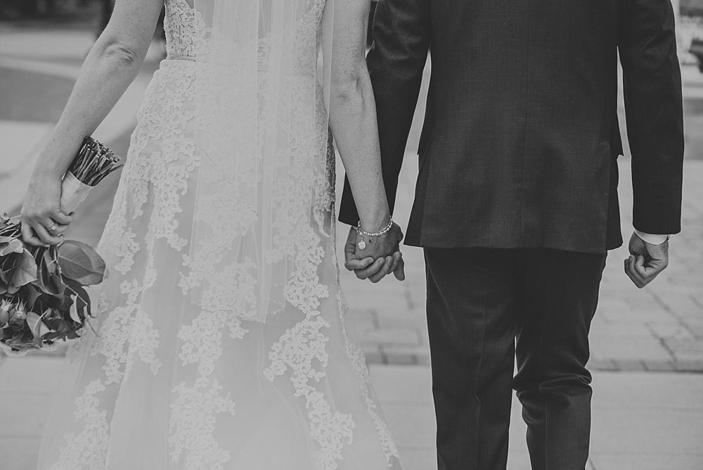 erin-greg-liller-photo_the-haight-elgin_Milwaukee-Wedding-Photographer_0044.jpg