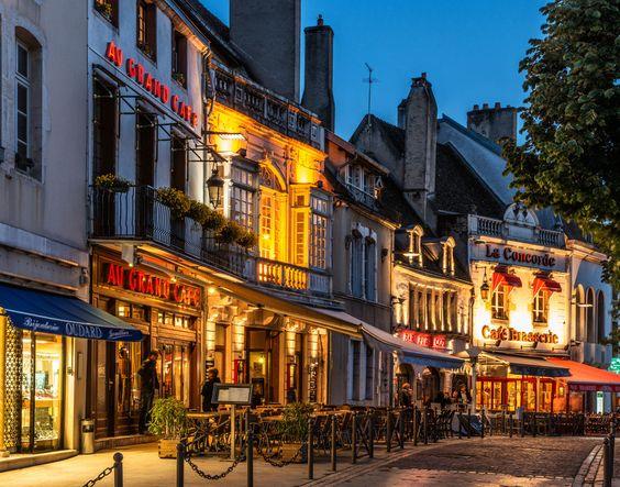 Hotel-Le-Cep-Beaune-France-1.jpg