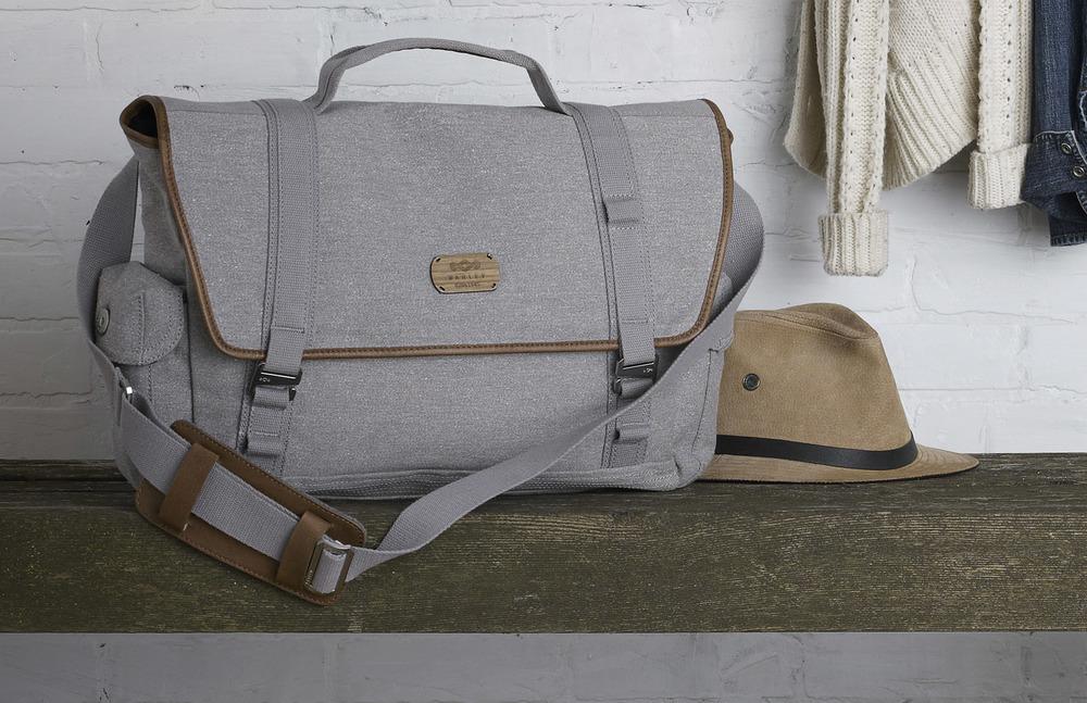 941430ead309 Messenger Bag — SENKA A BERGMAN