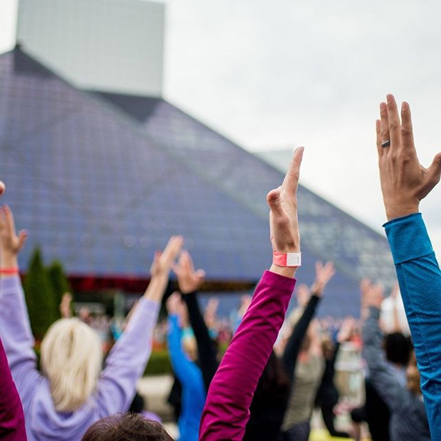 Weather looking great for our yoga party on the plaza tomorrow! Don't forget to check in and get your wristband from a volunteer. 👍🏻