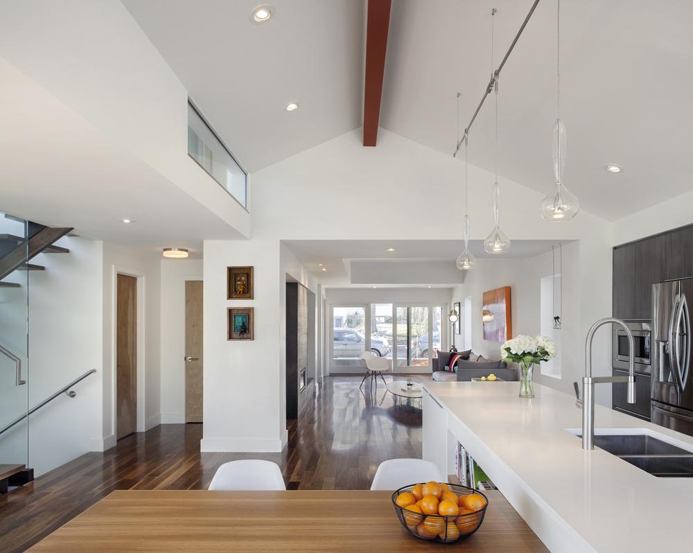 005_Kitchen LR View.jpg