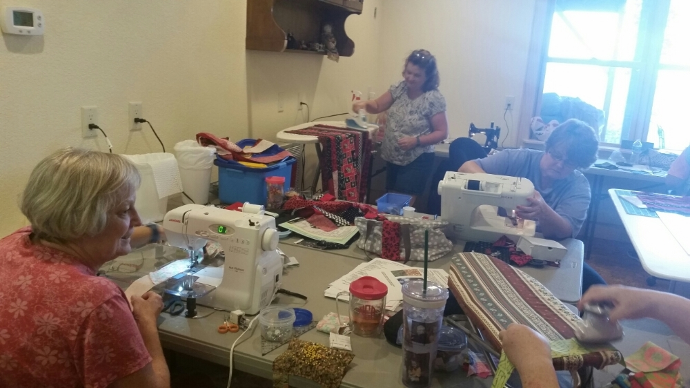 Crossroads Quilters