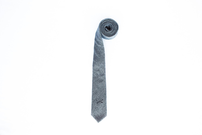 lynx ash color tie