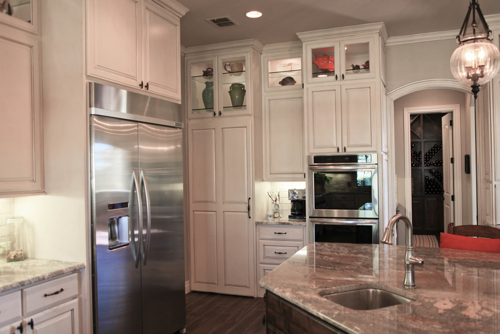 kitchen-hidden pantry 2.jpg
