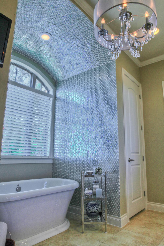 MBR - master bath - tub.jpg