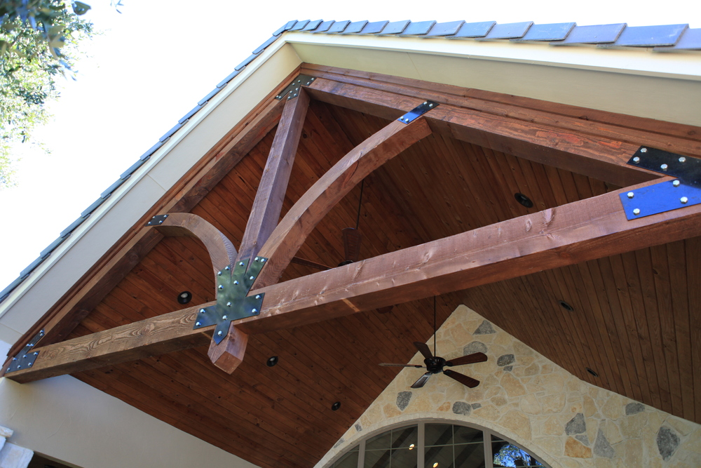 outdoor - exterior truss.JPG