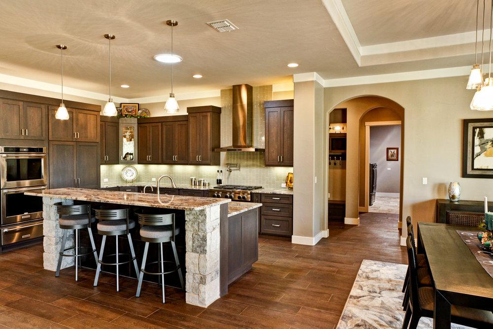16-kitchen - 3.jpg