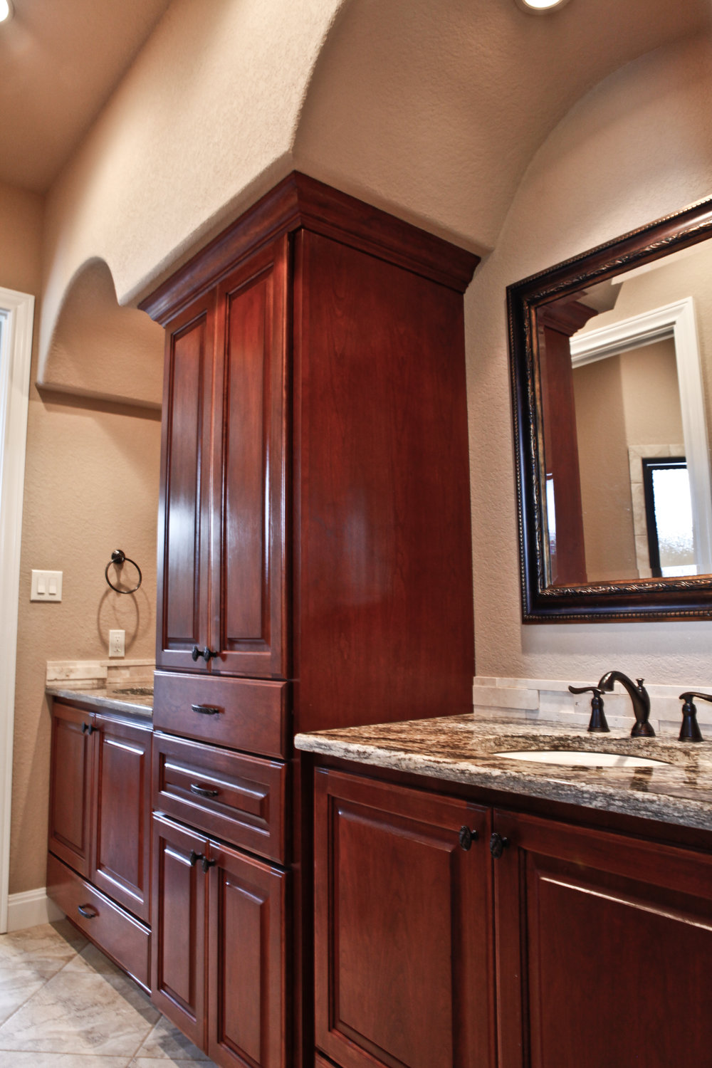 31-bath 4 - sink and vanities.jpg