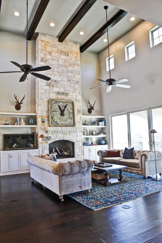 20-living room - 4.jpg