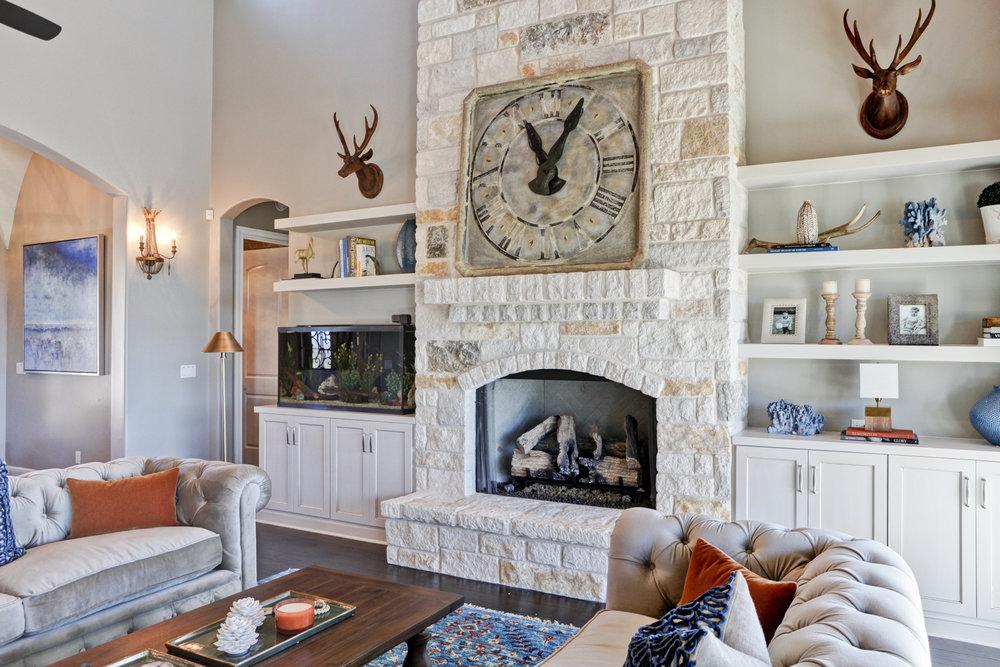 21-living room - 1.jpg