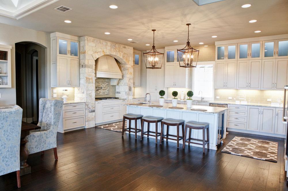 26-kitchen - 1.jpg