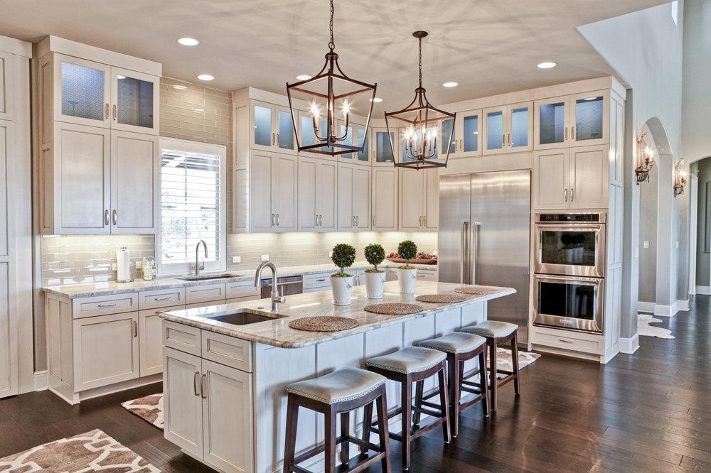 28-kitchen - 3.jpg
