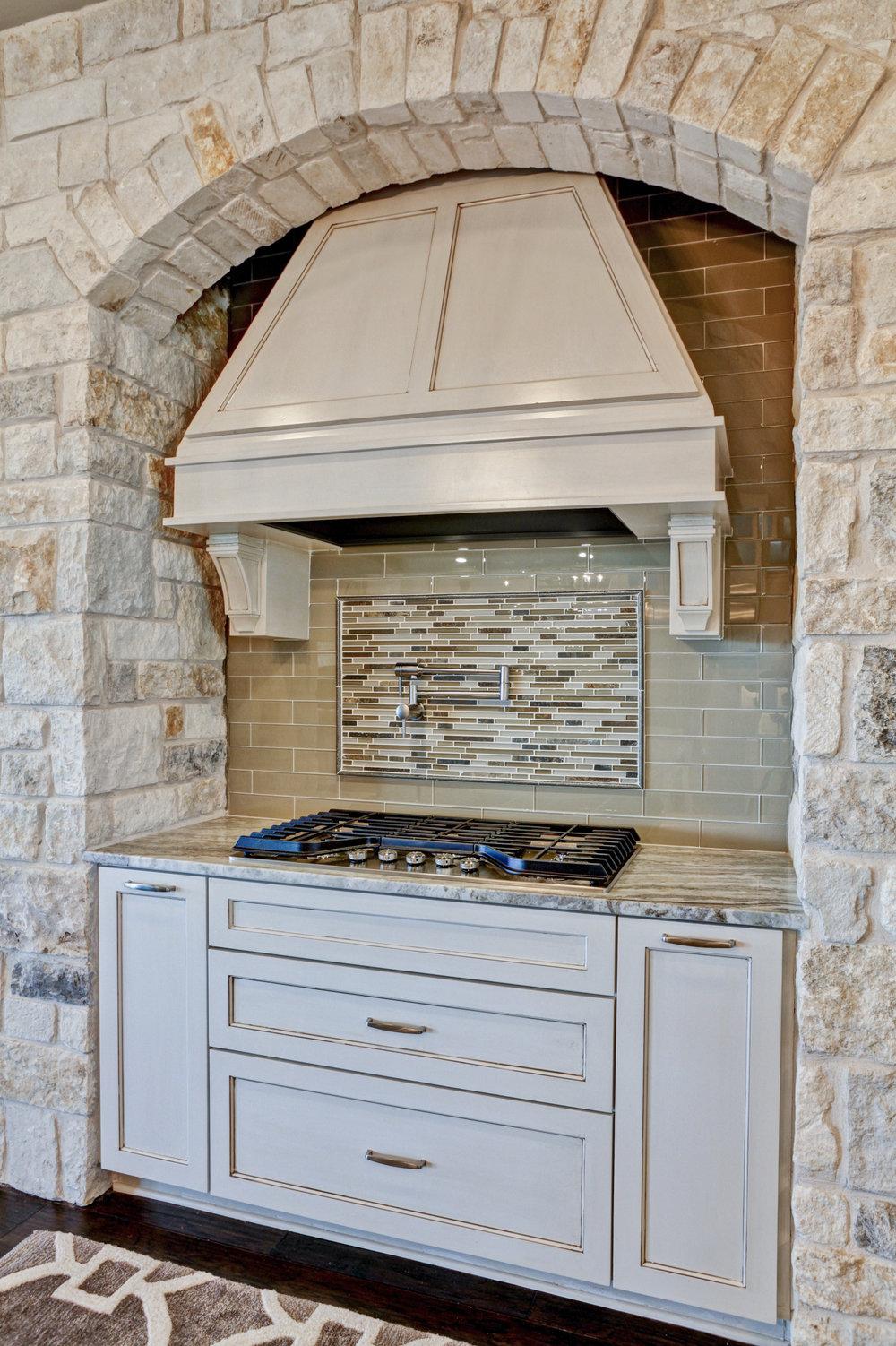 30-kitchen - 5.jpg