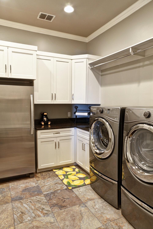 35-laundry room.jpg