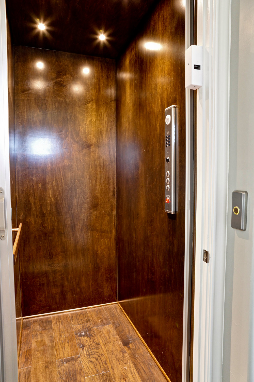 37-elevator.jpg