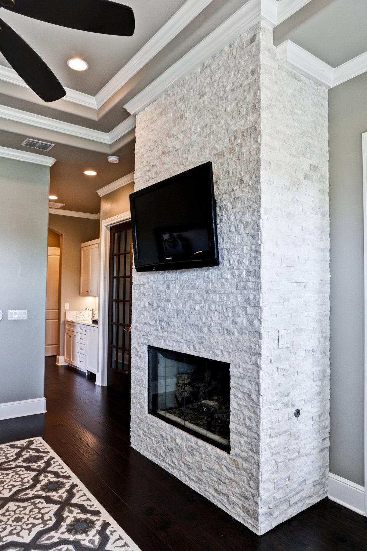 44-MBR - 4 - fireplace.jpg