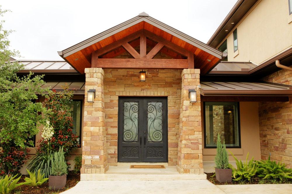4-Zen Gardens Way - exterior front 3.jpg