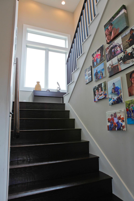 24-Zen Gardens Way - Stairwell.jpg