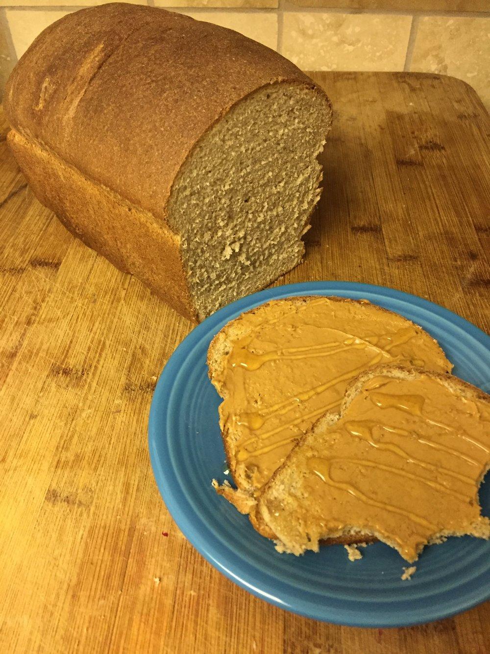 Homemade Sandwich Bread {ReagsAndTabs.com}