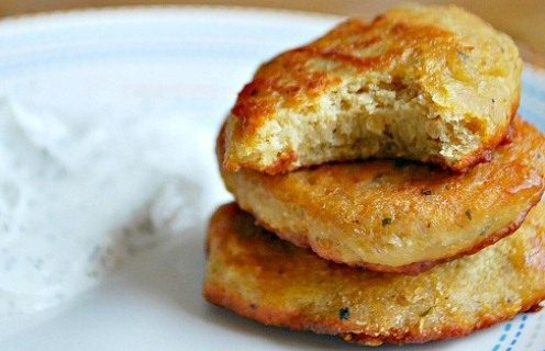Chickpea Patties BLW {ReagsAndTabs.com}