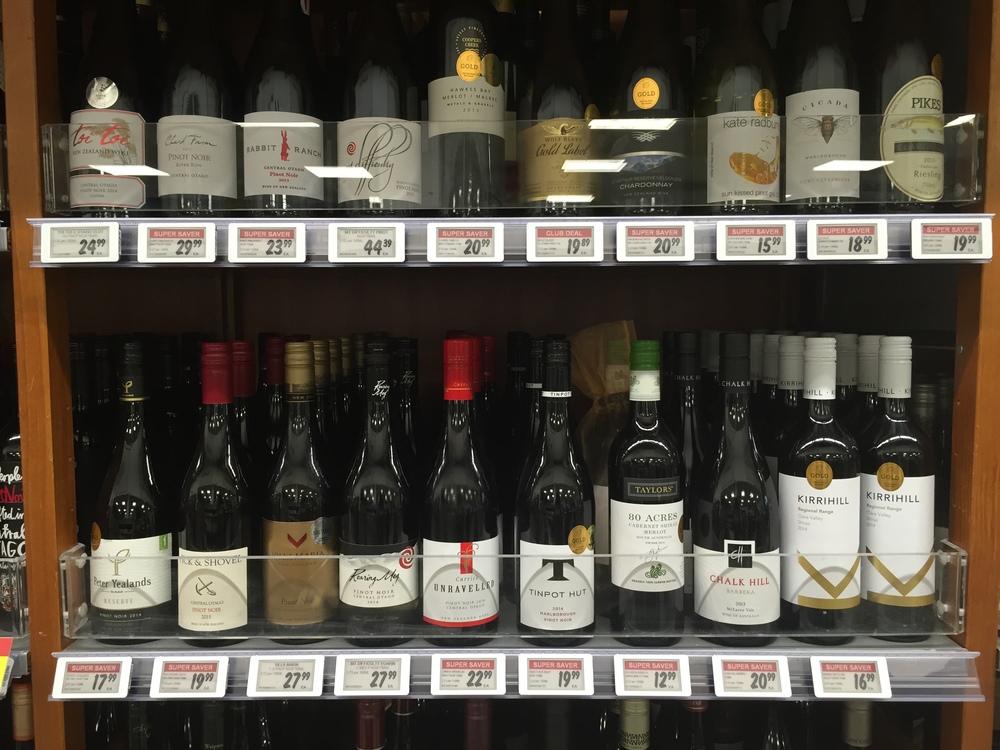 SES_instore_Liquor_10_red.JPG
