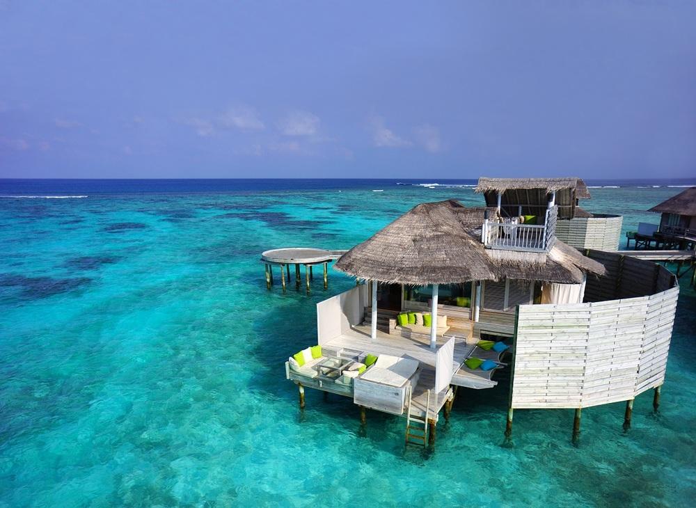 luxury villa maldives.jpg