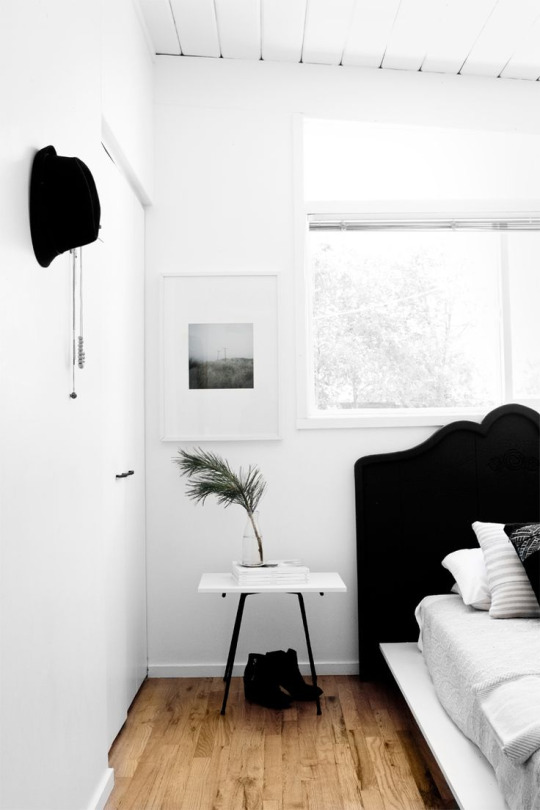paradis minimalist interiors 4.jpg