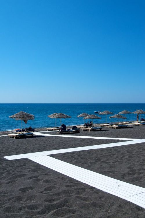 santorini+black+sand+beach.jpg