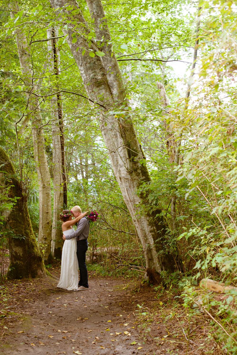 #woodland #wedding www.sashataylorweddings.com