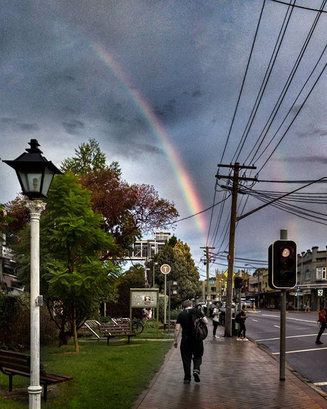 A little suburban drama!!! #artarmon #rawphoto #rainbow #dublerainbow #cameraplus #erwinscat #iwanttobeinvaded #mobilephotography #photomanipulation #snapseed #sydney #darkclouds #sky #streetphotography #rain