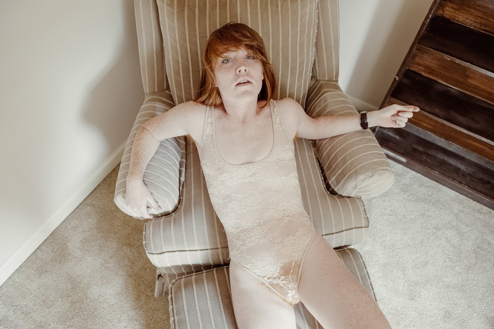 20171022-Ariane-Cassidy-upstairs-chair-X-T2-0043.jpg